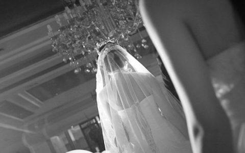 学者: 结婚证有效期应为 7 年 拉动经济增长