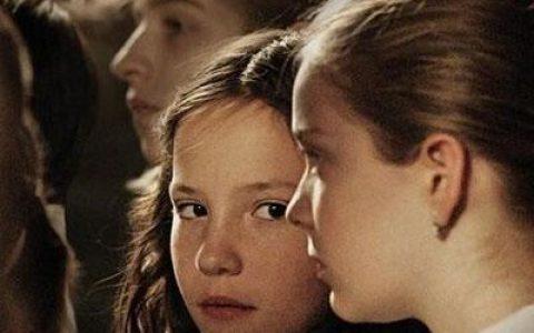 第89届奥斯卡最佳真人短片:《校合唱团的秘密》