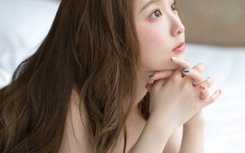 摄影师高橋みのリ海边制服少女作品特辑。 