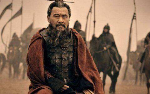 《三国演义》是怎样美化曹操的:扭曲的屠刀